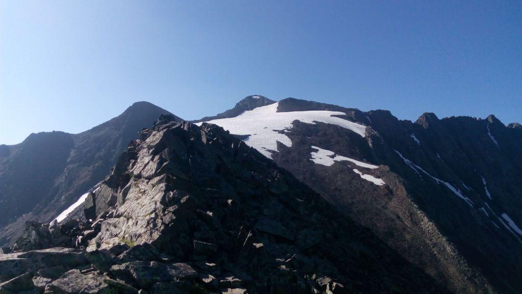 Отрог горы Джемарук