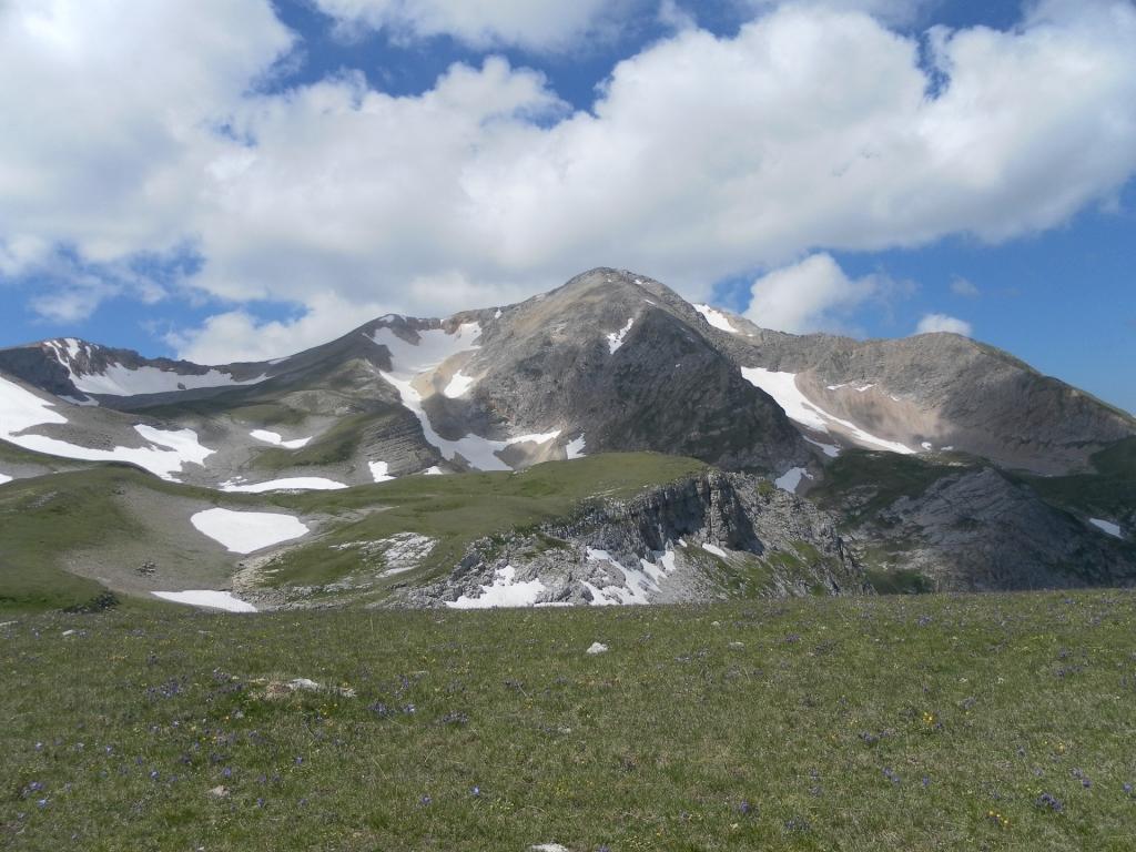 До встречи вершина горы Оштен